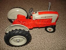 ERTL 1:16  FORD Powermaster 901 TRACTOR National Farm Toy Show 11-8-1986