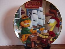 "The Danbury Mint - Garfield's Christmas -""Santa's Workshop"" 8"" Plate"