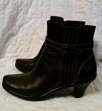 SoftWalk Black Leather Ankle Boots Booties 7M Pleat & Buckle Accents