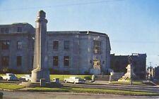 The Flambeau Trois Rivieres QC Que Quebec Monument War Memorial Postcard D7