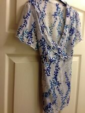 BHS BLOUSE/TOP/TUNIC BLUE PATTERNED SIZE 14 PETITE BY 1ST CLASS RECORDED POST