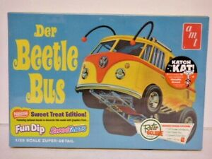 AMT Der Beetle Bus Volkswagen Split Screen custom bus 1/25th scale
