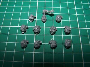 11 Chaos Space Marine Havoc Heads bits