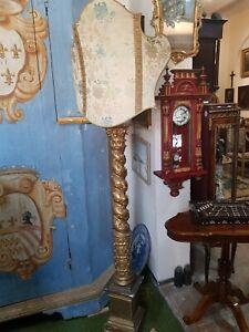 Torcera candeliere stile barocco trasformata a lampada dorata e laccata