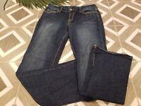 Seven7 Women's Bootcut Jeans Size 32 Dark Wash Mid Rise Stretch Denim Distressed