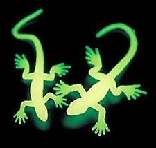 Pack of 12 - Small Glow In The Dark Lizards - Party Loot Bag Fillers