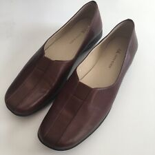Anne Klein Women's Brown Leather Slip On Shoes Size 8 M.