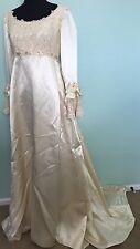 Vtg Medieval Renaissance Gown Wedding Dress Satin Lace Costume Sz 4? Cream 60s