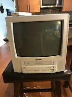 "Toshiba MV1K1W 13"" CRT TV VCR VHS Tape Player Combo Recorder White See DEMO"