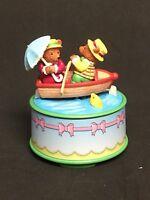 Enesco's Dreamboat Delight Music Box Magic Mini Action Musical Mice in Boat, Box