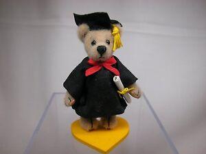"""World of Miniature Bears By Theresa Yang 2.75"""" Graduate #834 CLOSING"""