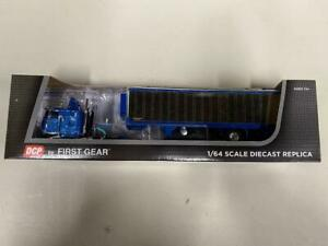 "DCP 60-0618 ""Western Distributing"" Peterbilt 1:64 Die-cast Promotions First Gear"