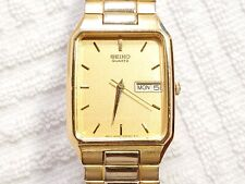 Vintage Seiko Day Date Quartz Watch Gold Tone Stainless Steel Flex Band Men's