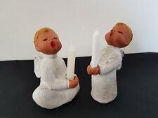 2 Singer Engel mit Kerze Jullar  Höhe ca. 11 cm