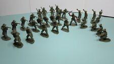 Airfix Australian Infantry Figures 1/32 Scale, 29 figures, 1 painted, Unboxed