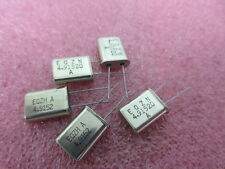 4.9152 mhz HC49/U Crystal 5 pieces per sale.