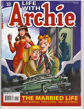 LIFE WITH ARCHIE MAGAZINE #32, VF or better (ARCHIE COMIC PUB., NOV. 2013)