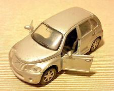 Maisto Chrysler Daimler 2000, Die Cast Grigio, Scala 1/39