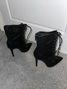 Pretty Little Thing Boots Size 6