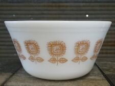 """VINTAGE FEDERAL GLASS SUNFLOWER MIXING BOWL 9"""" 60's MILK GLASS COUNTRY KITCHEN"""