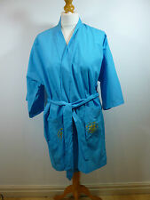 Oriental vintage blue unlined embroidered short  kimono gown/robe & belt M
