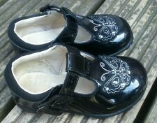 CLARKS SIZE 4G BLACK PATENT LEATHER FIRST SHOES IMMACULATE WORN ONCE FREE P&P
