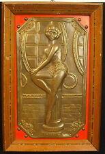 Danseuse sur plaque de bronze par F Bar 1960 Entre'acte  dancer Pin-up modèl