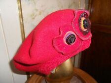 BERET  ROUGE  NEUF  -  MADE IN FRANCE  -  taille unique