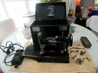 Vtg 1946 Singer Featherweight 221 Sewing Machine w/ Case & Accessories  L4.17.21