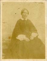 France, Portrait de femme, ca.1880 Vintage albumen print  Tirage albuminé