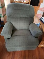 La-z-boy rocker recliner with and without massage