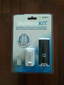 Wii Battery Kit By Nyko and rechargeable battery pak MadCatz