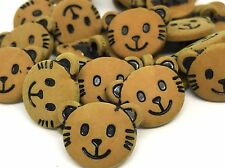 5 NOVELTY CAT FACE TAN BUTTONS FOR SEWING KNITTING CRAFT AND SCRAP BOOKING