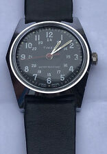 VINTAGE MILITARY STYLE Watch TIMEX GREAT BRITAIN 1970s
