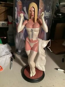 Emma Frost White Queen Comiquette 1/2000 - Sideshow - Adam Hughes x-Men statue