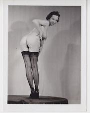 Original 50s Marge Mellor leggy nude 4x5 photo