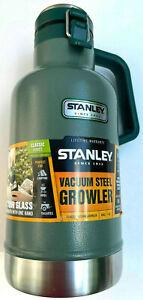 Stanley Classic Vacuum Stainless Steel Growler , 64oz, Green, Lifetime Warranty