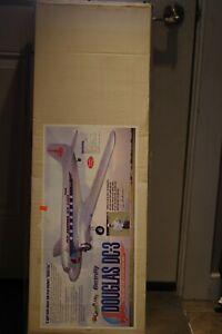 GREAT PLANES  DOUGLAS DC-3 R/C MODEL AIRPLANE KIT, ELECTRIFY, NEW CONDITION!