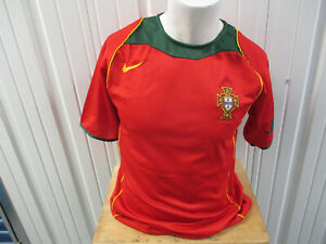 VINTAGE NIKE PORTUGAL NATIONAL MEN'S FOOTBALL TEAM SMALL SEWN JERSEY 2004 NWT