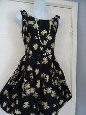 STUNNING  LADIES  NEW LOOK   SUMMER   DAISY TEA   DRESS SIZE 14