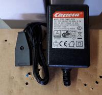 Carrera GO / GO!!! Plus+ Trafo 61531 mit 1 Stecker für Anschlusschiene NEU