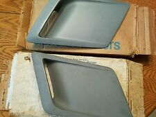 NOS GM 1980 81 Chevrolet Chevy Camaro Z28 Fender louvers hot air extractor