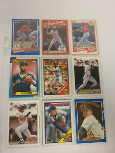 Lot of 18 Vintage Baseball Cards In A Protective Sheet - Binder A (8) EUC