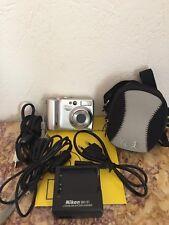 NIKON Coolpix 5200 Appareil photo numérique TBE