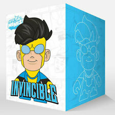 Skybound Minis | Invincible - Blue Yellow Suit Pattern