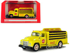 1955 DIAMOND T BOTTLE DELIVERY TRUCK COCA-COLA 1/50 BY MOTORCITY CLASSICS 450055