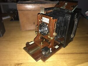 James A Sinclair & Co LTD The Una folding plate Camera