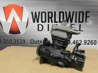 Detroit DD13 Air Compressor W/ Pump, Parts # K084655