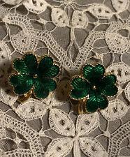 St Patrick's Day Clover Gold Tone Avon Pierced Earrings Bon7-53