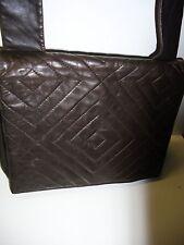 Damentaschen mit Deckelklappe Messenger Taschen aus Leder